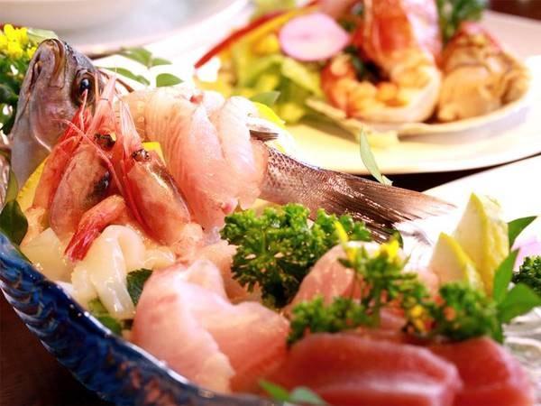 【夕食/例】ぴちぴち鮮魚を盛合せでご用意!