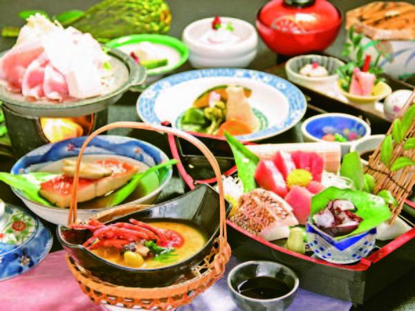 【夕食/例】贅沢!伊勢海老入り茶碗蒸し・金目鯛の煮付け(切身)・もち豚など