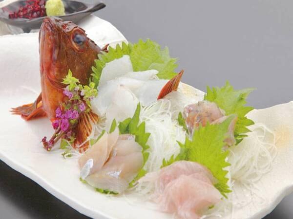 地魚のお造り(夕食一例)