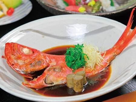 【夕食一例】下田名産「金目鯛」を姿煮でご用意