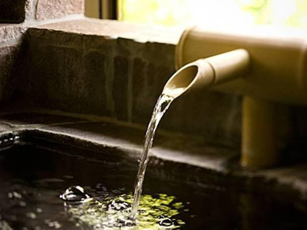 【客室露天風呂/例】部屋に天然温泉の客室露天がございます