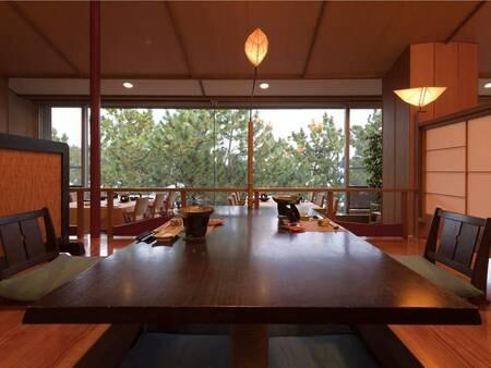 【レストラン】開放的な空間