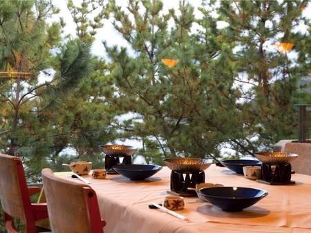 【レストラン】椅子テーブル席でゆったりお食事