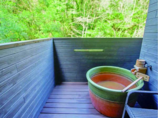 露天風呂付スーペリア客室/客室露天風呂一例