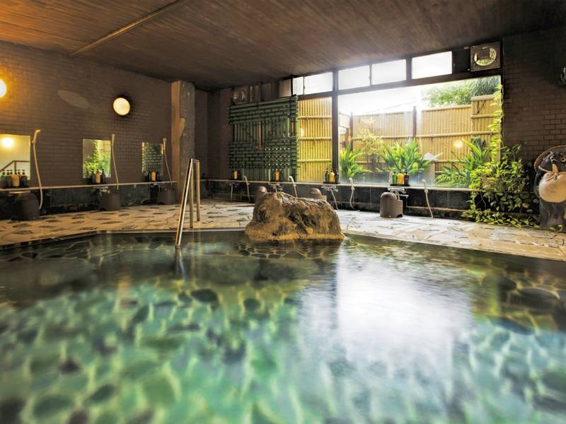 【大浴場】天然温泉100%の湯に癒される