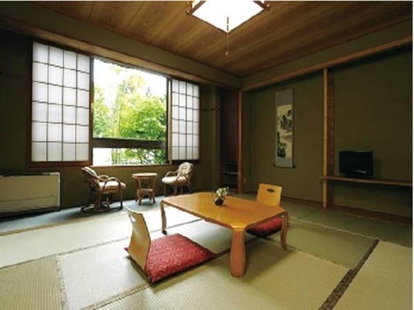 【10畳和室/例】広縁付きのお部屋でのんびり♪