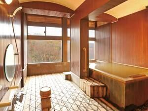 【貸切風呂・精】4つある貸切露天風呂は予約なしで空いていればいつでも利用可