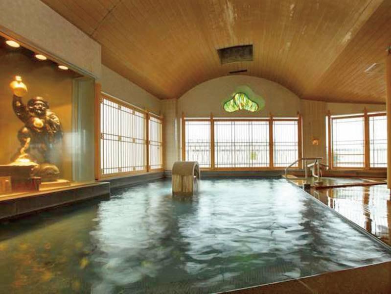 【大浴場】黄金の湯・白銀の湯、2つの温泉が同時に楽しめる