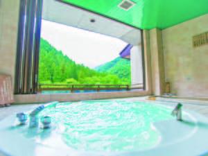 【貸切風呂】日本百名山の「谷川岳」を望む※有料