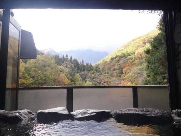 谷川岳望む源泉かけ流し露天風呂付客室一例/1㎝単位のこだわり
