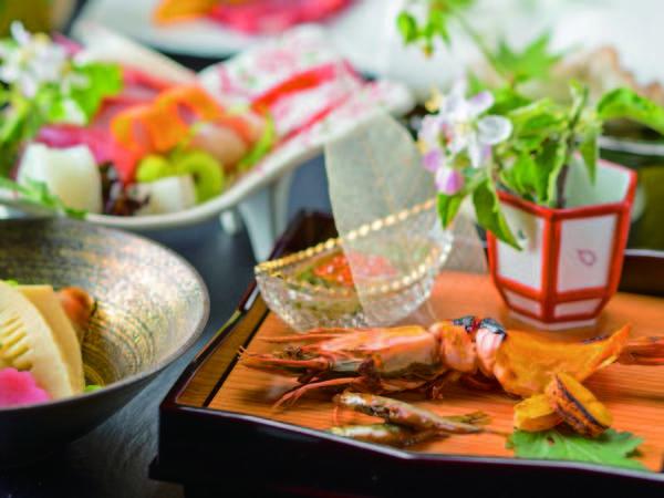 【季節の会席/例】風味豊かな地元食材を生かした四季折々の会席をご用意