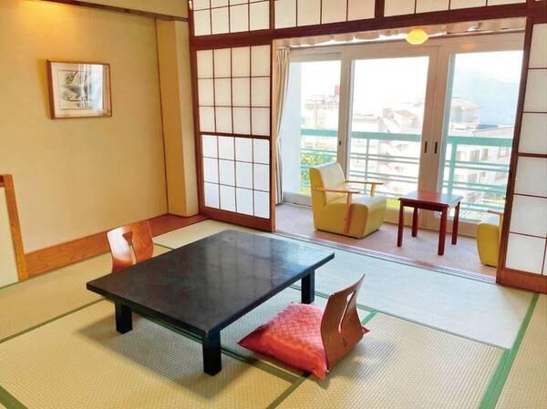 【客室/例】10畳の広縁付き和室へご案内