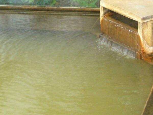 【温泉】万葉の時代から涌出したと言われる、歴史ある伊香保温泉を堪能