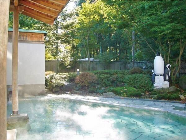 【併設日帰り施設「黄金の湯館」】効能豊かな温泉が源泉かけ流し!