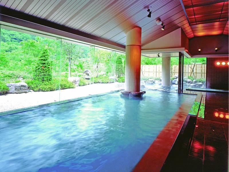 【大浴場】大きなお風呂で湯曽根温泉を満喫!
