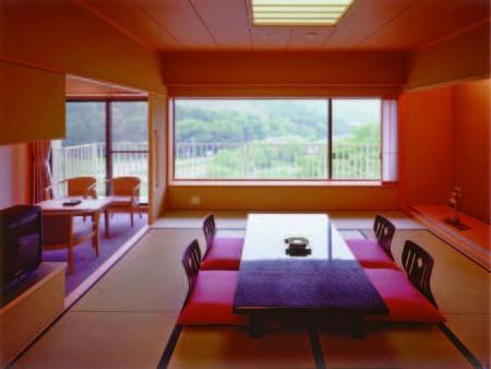 【特別室/例】広さゆったりとした和室+広縁付き