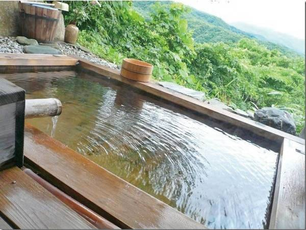 【白根の見える丘】抜群の眺望、本物の源泉かけ流し温泉、素材にこだわった料理を満喫