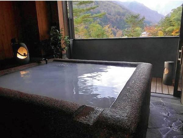 【貸切露天風呂】珍しい水素風呂は1回40分無料