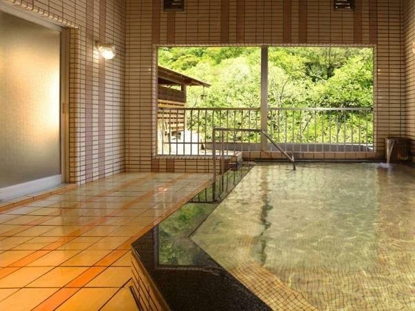 【大浴場】かけ流しの湯を堪能!