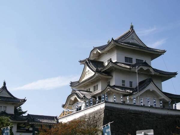 【周辺観光】上野城や芭蕉翁記念館へは徒歩約10分