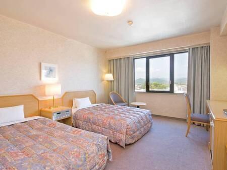 【禁煙ツイン客室/例】ゆったり23㎡、ベッド幅120cmのお部屋。禁煙・喫煙は選択可能