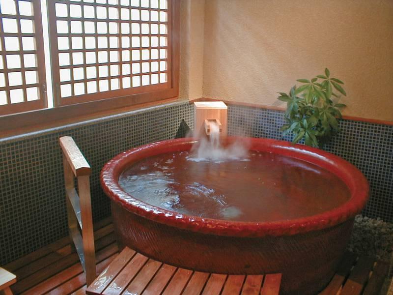 【貸切風呂/坂手】信楽焼のお風呂