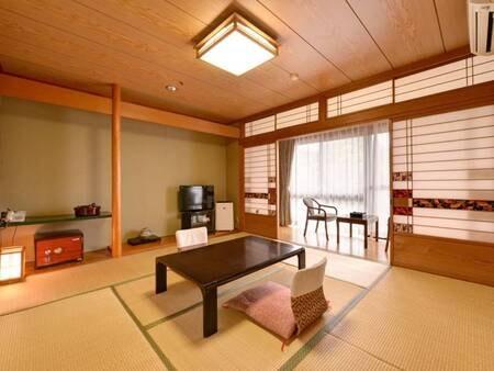 *■客室例■心からお寛ぎ頂ける和室♪遊びや温泉でリフレッシュした後は畳が心地よいお部屋でリラックス