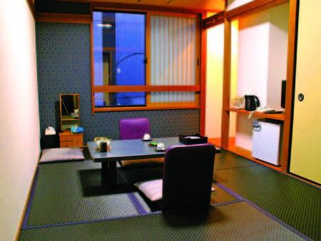 【客室/例】全館黒畳のを使用した和モダン客室