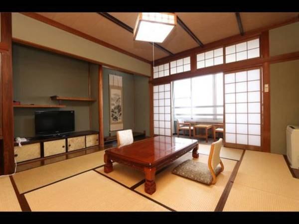 漁師町と日本海の見える和室/一例