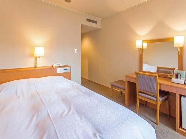 【セミダブル/例】150cm幅のベッドを完備