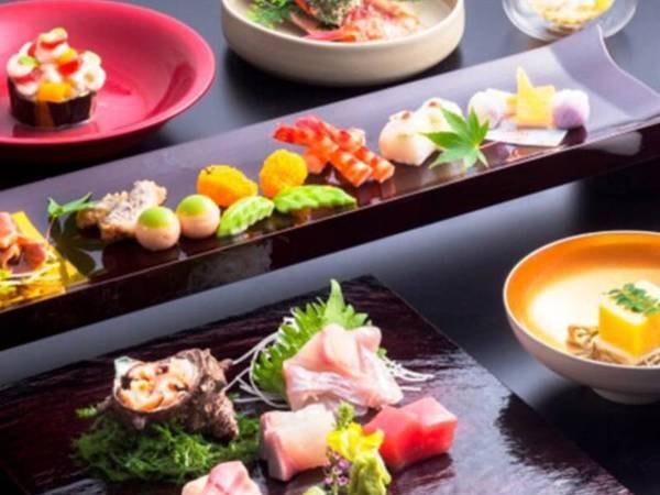 美しく盛り付けた前菜に地魚など料理長こだわりの月会席[夕食一例]