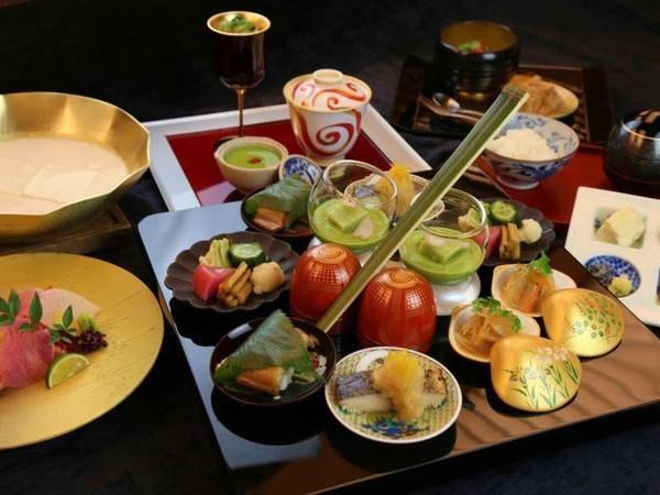 プラン名文末に【雅】又は【京懐石 竹】と記載されているプランの夕食コース(写真はイメージです)