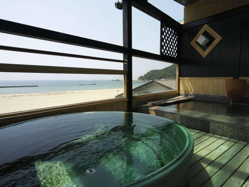 露天風呂/自慢の露天風呂付きの展望風呂は24時間入浴可!