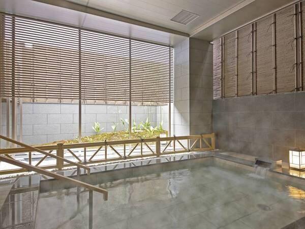 大浴場(男性)/外気を感じられる外湯を完備!