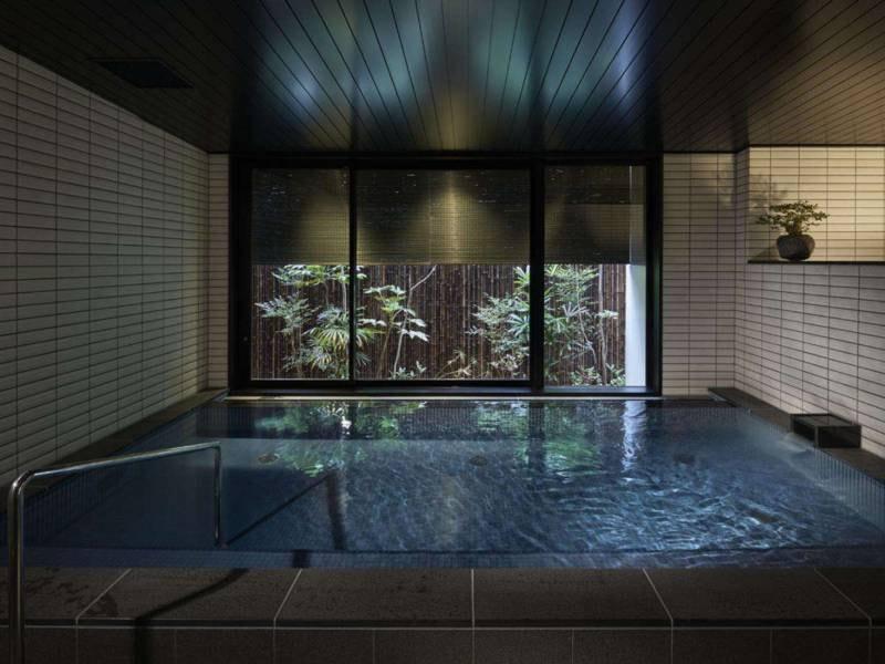 【大浴場イメージ】旅の疲れを癒してくれる宿泊者専用大浴場で上質なくつろぎを