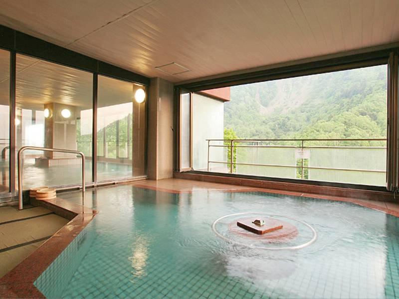 【展望大浴場】大自然の息吹を感じなら湯浴み