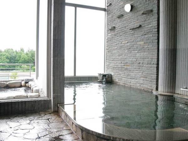 【ゆざわ荘】お馬さんを眺める希少な露天風呂! こだわりの料理はどれも美味と好評