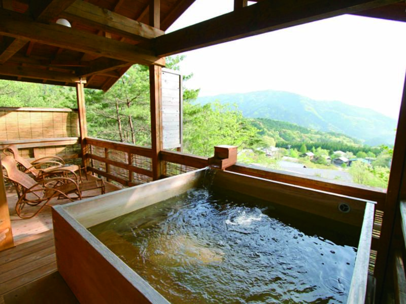 【有料貸切風呂(内湯)】絶景をプライベートな空間で満喫