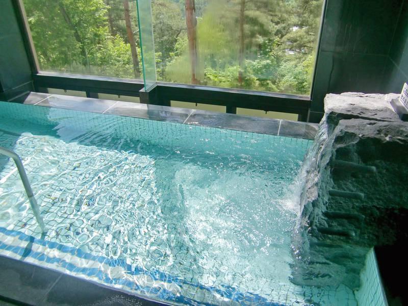 【宿泊者専用温泉浴場】しずかな時間を温泉とともに過ごす