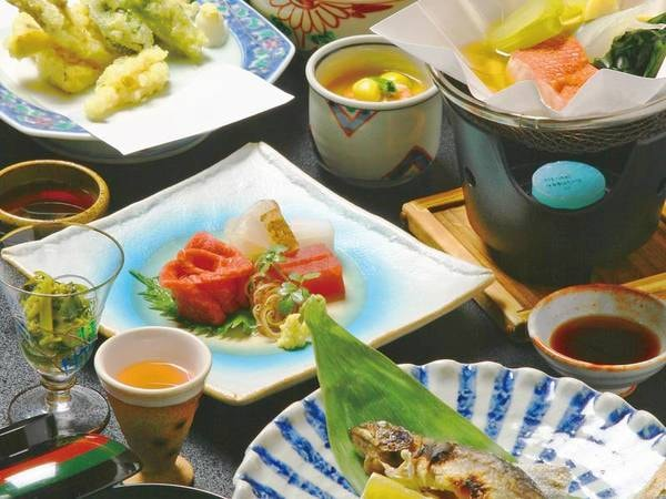 【夕食/例】信州の旬を取り入れた会席風お料理をご用意