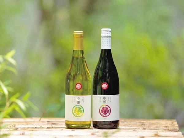 【中棚ワイン】自社ワイナリーで丹精込めて作ったオリジナルワインを売店で販売中