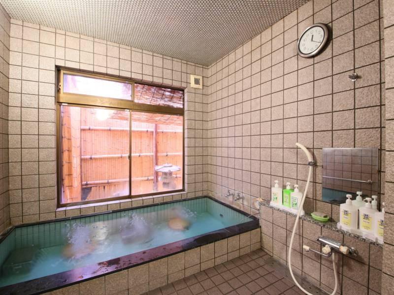 女性優先風呂/美容に良いお湯は24時間ご利用いただけます