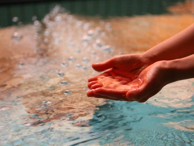 女性優先風呂/美容に良い活性水を使用、疲れも癒す優しいお湯です