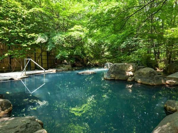 【那須温泉 山楽】大正12年創業、かつて昭和天皇もご来館された伝統ある老舗旅館。継承されるおもてなしで上質な滞在を。