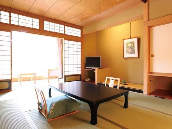 【和室[10畳]/例】落ち着いた雰囲気の広々10畳和室