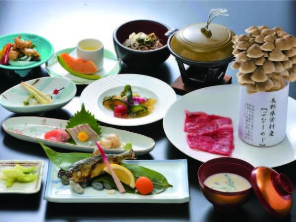 【夕食/例】 季節の会席料理を気兼ねなくお部屋でいただく席