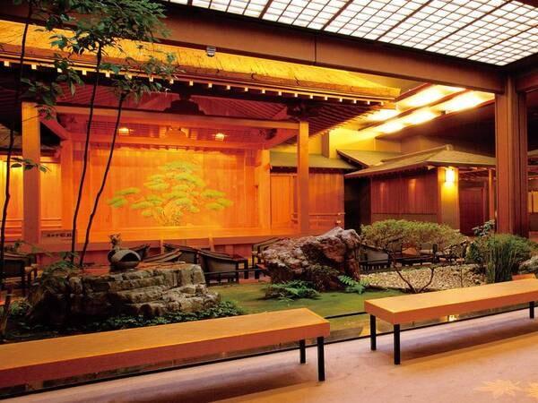 【石苔亭いしだ】優美な日本建築と能舞台に彩られる名宿 クチコミ高評価!美食と美肌湯を堪能