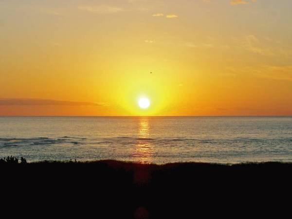 【景色/例】日本海に沈む夕日