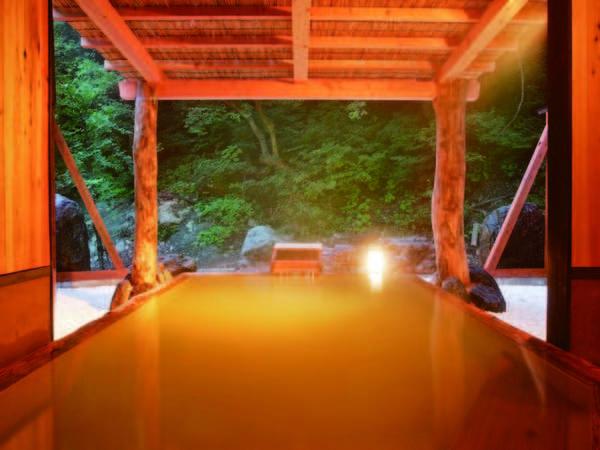 【ホテル国富 翠泉閣】山間の隠れ里に佇む湯宿で過ごす、上質な癒し旅。あたたかいおもてなしと「美肌の湯」に心潤う