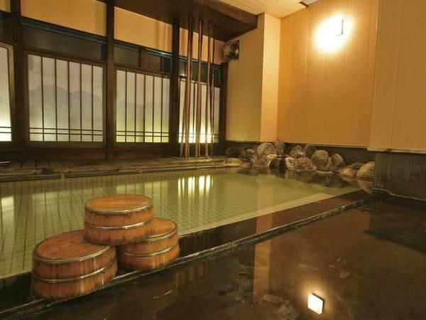 【越後湯澤 HATAGO 井仙】越後湯沢駅より80m、徒歩約1分。湯沢のさらりとした湯と、 雪の恵みを活かした「雪国ガストロノミー」・地酒を楽しむ